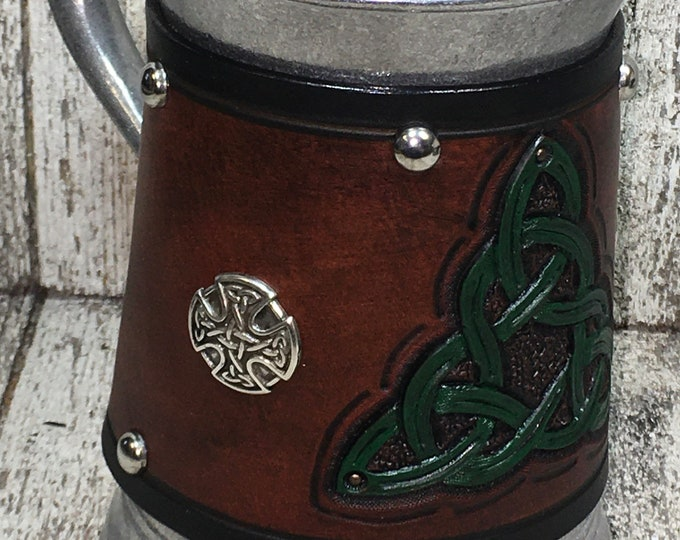 Hand tooled Leather Metal 36 oz tankard Celtic Triangle Knotwork beer ale