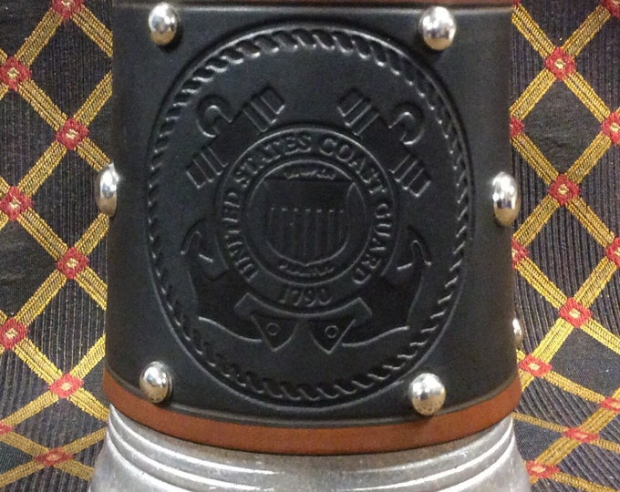 embossed leather US Coast Guard emblem military armed forces 36 oz tankard