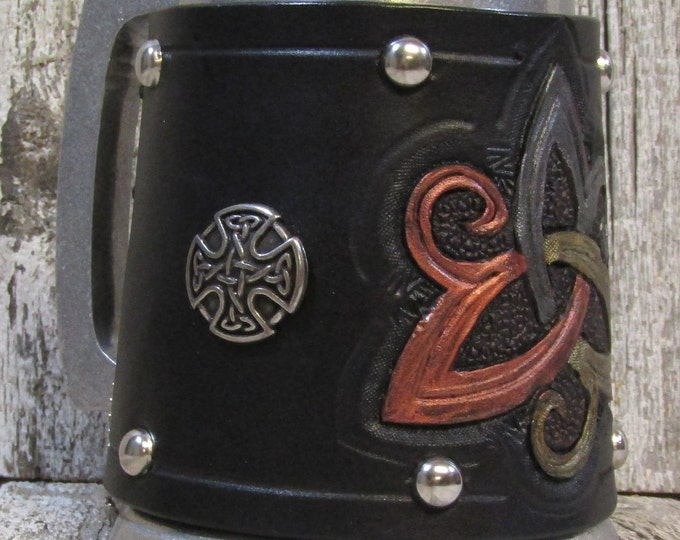 Hand tooled leather covered 16 oz tankard swirly celtic triskel