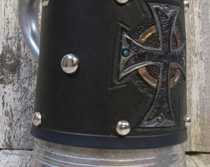 Hand tooled leather covered 36 oz tankard Celtic Cross