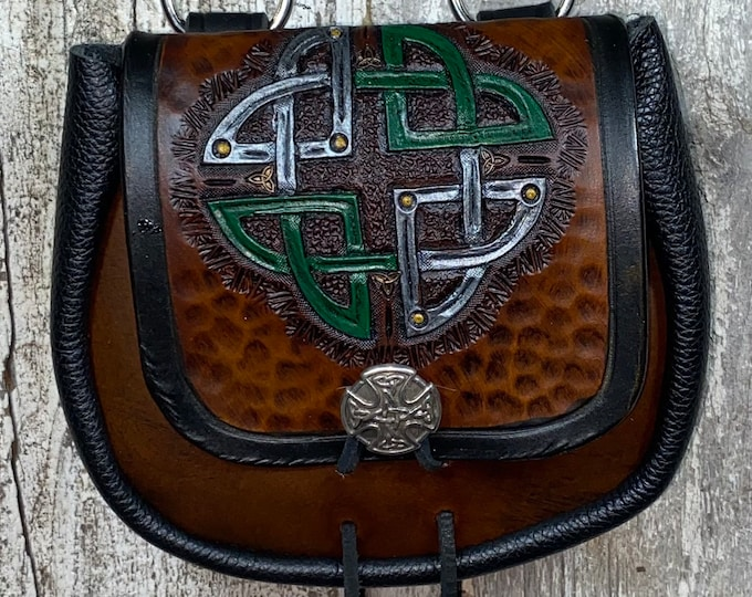 Celtic round knot hand tooled sporran belt pouch leather