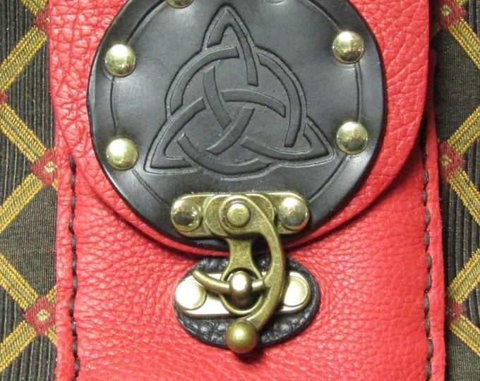 Leather utility belt pouch celtic tri-knot
