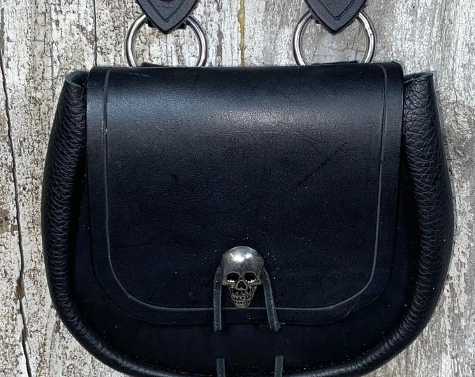 Skull pirate sporran belt pouch leather