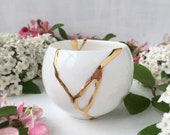 Kintsugi Teacup, White and Gold Japanese Teacup, Kintsugi Candleholder