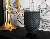 Black Porcelain Mug, Ceramic Coffee Mug with Pineapple Pattern and Gold Handle, Black Ceramic Mug