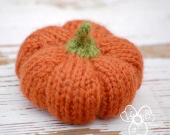 Instant Digital Download Pattern - PDF Knitting Pumpkin Pattern - Fiber Pumpkin Tutorial - Fall Decor How-To - DIY Autumn Wedding Decor