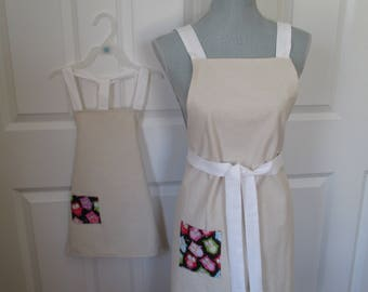 Painters Cloth Mom and Me Apron Set Featuring Owl Pockets