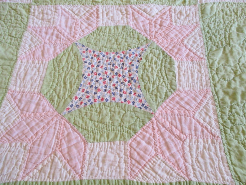 Star Blocks Vintage Quilt Pink And Green