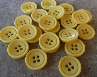 12 Cards of Elegant Cream Stripe 12mm Buttons With 4 Holes Sewing//Knitting 622