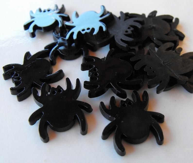 6 Black Spider Flat Back Buttons