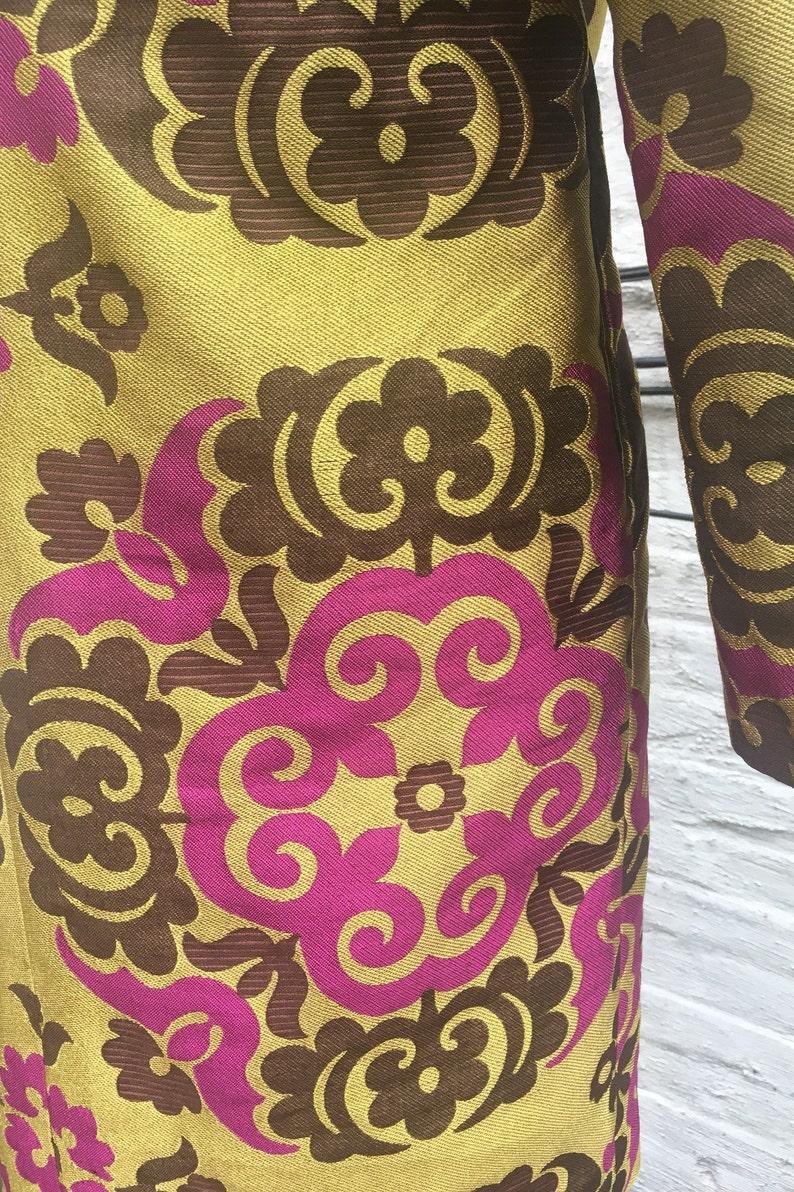 Mustard /& Magenta Suzani Pattern Brocade Coat Chocolate