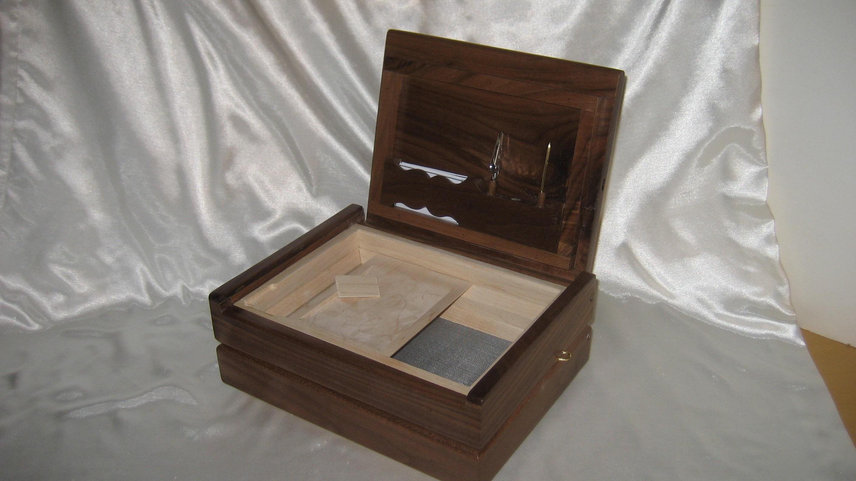 Large Black Walnut Pollen Kief Box