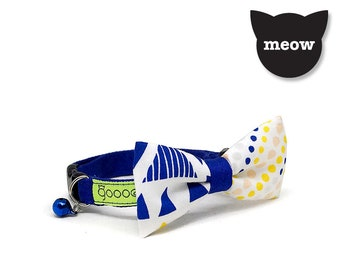 GOOOD Cat Collar | Mighty Bow - Artie | 100% Pattern Blue Cotton Fabric | Safety Breakaway Buckle