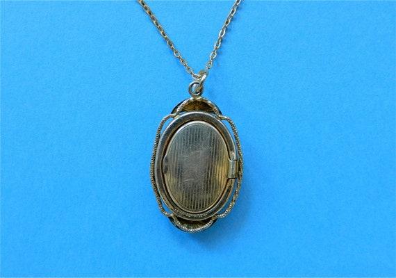 Vintage Locket Mother of Pearl Flower Basket Gold… - image 3
