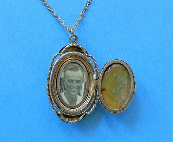 Vintage Locket Mother of Pearl Flower Basket Gold… - image 4
