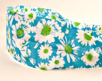 Daisy print fabric headband, Adult woman's headband, Cotton cloth, Floral print, Blue and green daisy, Hair accessory, Headband for woman