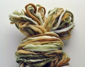 Handspun, Hand dyed, Yarn, Beige, Tan, Natural, Green, Thick and Thin, Big, Bulky, Wool, Yarn, Yospun, Knitting, Crochet