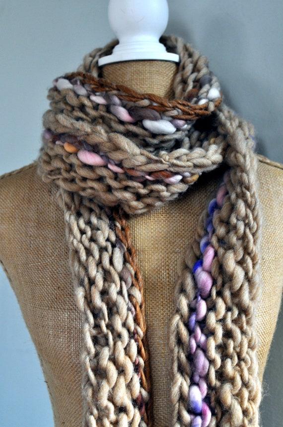 99af5e1ae358 Encombrant demballage foulard laine filée main tricoté à   Etsy