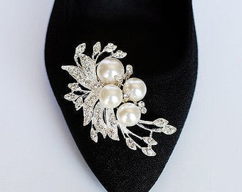 Bridal Shoe Clips Pearl Crystal Rhinestone Shoe Clips Wedding Party (Set of  2) BELLINI Collection SC020LX 469add6972b5