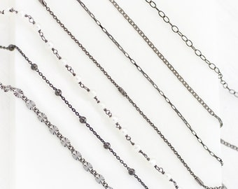 Necklaces • Chokers