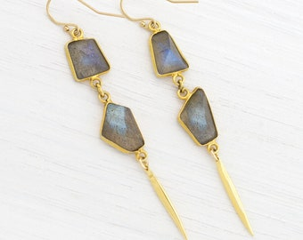 Delicate Labradorite Spike Earrings, Framed Gemstone, Modern Earrings, Geometric Jewelry, Aurora Borealis, Celestial Jewelry, Rainbow Flash