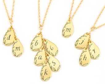 Personalized Initial Necklace Gold, Family Necklace Gift for Mom, Custom Initial for Children's Names, Dainty Floral Bridesmaid Necklaces