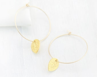 Leaf Hoop Earrings, Dainty Gold Hoops, Charm Earrings, Nature Inspired Jewelry, Gift for Her, Everyday Hoops, Boho Leaf Earrings, HP-CM