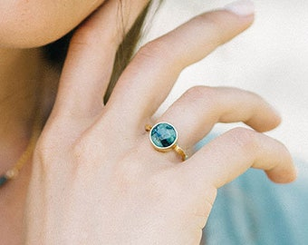 Natural Emerald Ring Gold, Round Stone Ring, May Birthstone Jewelry, Raw Emerald Cocktail Ring, Girlfriend Gift For Her