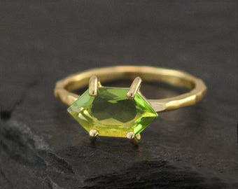 Green Peridot Ring Gold, August Birthstone Ring, Stacking Ring, Stackable Birthstone Ring, Marquise Prong Set Ring, Gift for Her, RG-MQ