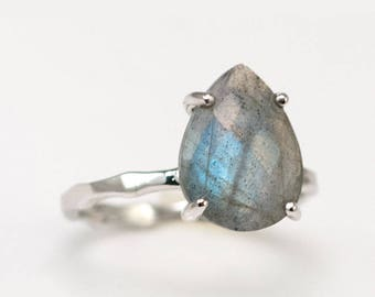 Labradorite Ring Sterling Silver, Unique Gemstone Ring, Stacking Tear Drop Ring, Prong Set Ring, Hammered Ring, Natural Stone Ring, RG-PP