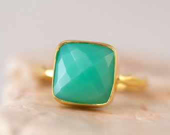Sea Foam Green Chrysoprase Ring Gold, Gemstone Ring, Stacking Ring, Cushion Cut Ring, Handmade Ring, Boho Ring, Gift for Her
