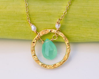 Dainty Chrysoprase Necklace, Hammered Circle Pendant, Modern Minimal Jewelry, Everyday Gemstone Necklace, Wedding Gifts for Her, NK-HC