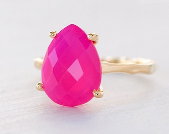 Fuchsia Pink Chalcedony Ring, Hot Pink Gemstone Ring, Stacking Ring, Tear Drop Gemstone, Pear Prong Ring, Holiday Gift for Her, Girly Gift