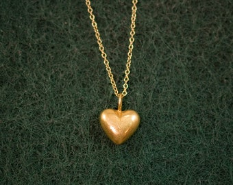 Tiny Gold Heart Necklace, Love Necklace, Layering Necklace, Everyday Jewelry, Gold Charm Necklace, Anniversary Gift for Her, Heart Charm