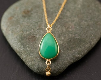 Teardrop Chrysoprase Necklace, Chrysoprase Drop Pendant, Natural Chrysoprase, Everyday Gemstone Necklace, Dainty Minimal Necklace, Layering