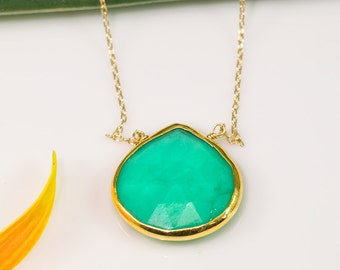 Mint Green Chrysoprase Necklace, Gold Necklace, Gemstone Necklace, Layering Necklace, Stone Pendant, Boho Jewelry, Gold Framed Stone