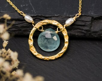 Aquamarine Hammered Circle Necklace, March Birthstone Necklace, Bridesmaids Necklace, Wedding Necklace, Gold Necklace, Dainty Gemstone Drop