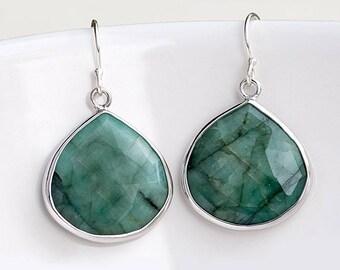 Sterling Silver Raw Emerald Earrings, May Birthstone Earrings, Dangle Earrings Silver, Holiday Gift Ideas, Statement Earrings, Birthday Gift