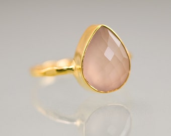 Pink Chalcedony Ring Gold - October Birthstone Ring - Rose Gemstone Ring - Stackable Ring - Gold Ring - Tear Drop Ring