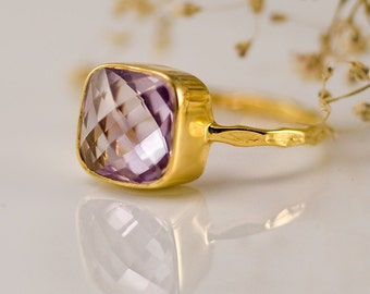 Lilac Amethyst Ring, February Birthstone, Purple Stone, Stacking Ring, Cushion Cut Ring, Light Purple Amethyst, Pastel Gemstone, RG-SQ