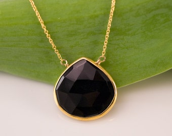 Teardrop Black Onyx Necklace, Modern Geometric Necklace, Protection Stone, Gift for Her, Everyday Jewelry, Framed Gemstone Pendant,