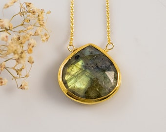 Labradorite Necklace - Layered Necklace - Gold Framed Stone - Gemstone Necklace - Gold Necklace - Layering Pendant - Stone Pendant -