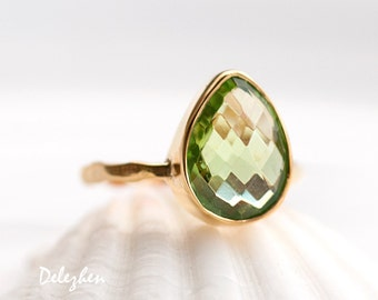 Green Peridot Ring Gold - August Birthstone Ring - Solitaire Stone Ring- Gold Ring - Stacking Ring - Tear Drop Ring - Solitaire Ring