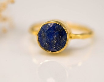 Navy Blue Lapis Ring Gold, September Birthstone Ring, Lapis Lazuli Gemstone Ring, Stacking Ring, Gold Vermeil Ring, Cocktail Ring
