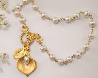 June Birthstone Bracelet - White Pearl Bracelet - Personalized Bracelet - Wire wrapped Toggle Bracelet - Calla Lilly