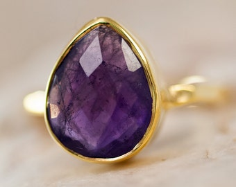 Purple Amethyst Ring Gold - February Birthstone Ring - Purple Gemstone Ring - Stacking Ring - Gold Ring - Tear Drop Ring