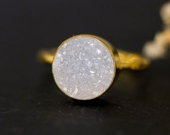Simple Round Druzy Ring, April Birthstone, Gemstone Ring, Stacking Ring, Druzy Quartz, White Druzy, Raw Stone, White and Gold Ring
