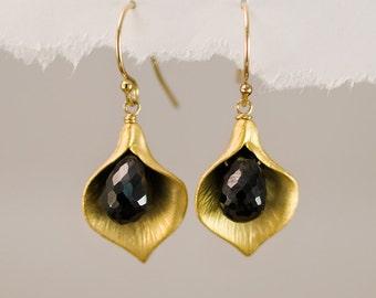 Black Onyx Earrings - Calla Lily Earrings - Gold Earrings - Nature Inspired Jewelry