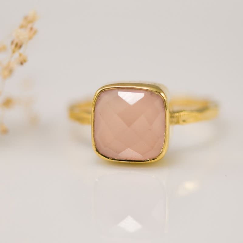 Pink Chalcedony Ring Gold - Rose Pink Ring - Solitaire Ring - October Ring - Gemstone Ring - Stacking Ring - Cushion Cut Ring