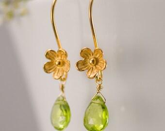 Peridot Earrings - August Birthstone Earrings - Bridesmaids Earrings - Gold Earrings - Flower Earrings - Drop Earrings - Floral Jewelry